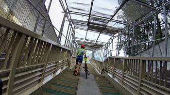 新戸隧道階段.jpg
